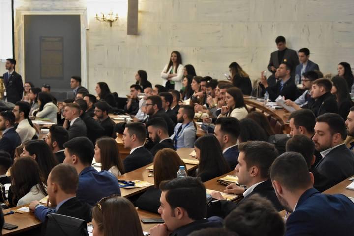 Μοντέλο της Βουλής των Ελλήνων 2019: Διαδικασία αξιολόγησης Βουλευτών και πρακτική άσκηση ως επιβράβευση